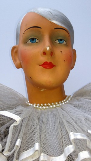 Antique art-deco bust